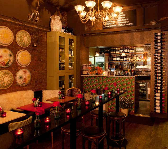 bedlam restaurant dublin cafe lighting design