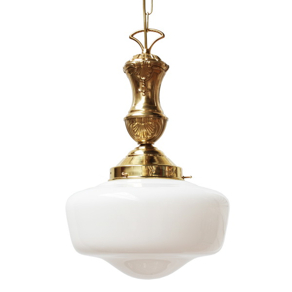 Traditional Pendant Light By