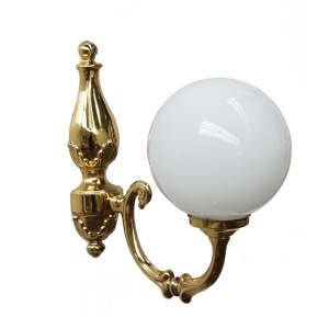 """With a traditional design, the Ben Single Arm Traditional Wall Light is an elegant solution for a living room."""