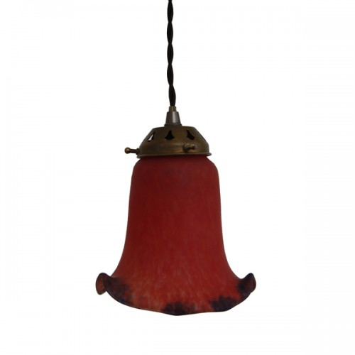 """Manufactured in Ireland this classic Flared Bell Glass Light pendant fitting perfectly diffuses light to give an even warm glow."""